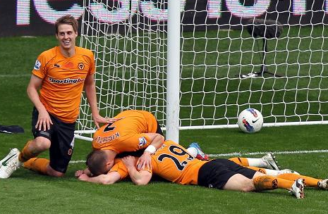 Swansea City 4 Wolves 4