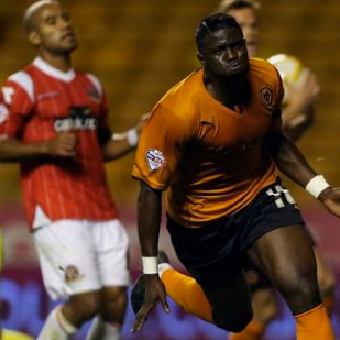 Wolves 2 Walsall 2 (Wolves win 4-2 on penalties)