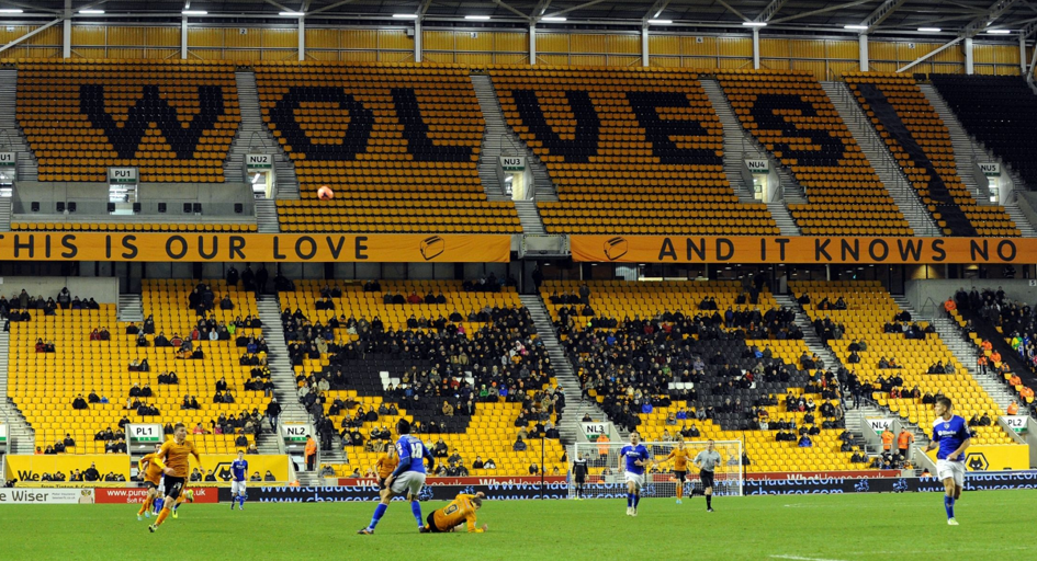 Wolves 1 Oldham Athletic 2