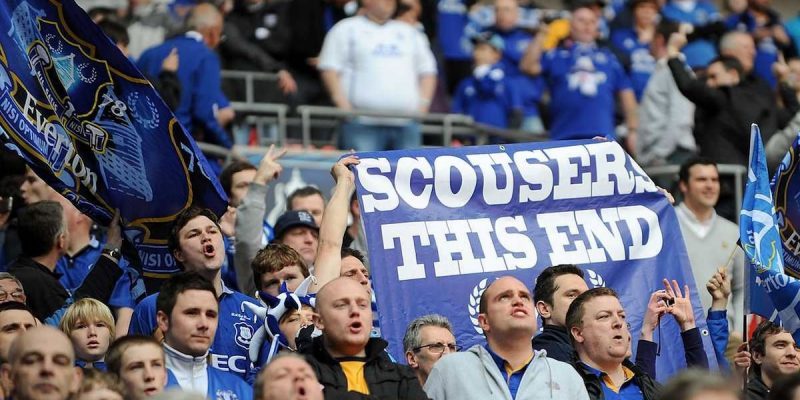 What do Everton fans think about playing Wolves on the opening day?